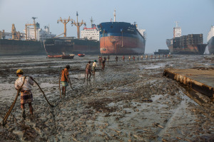 shipbreakers-opener-990